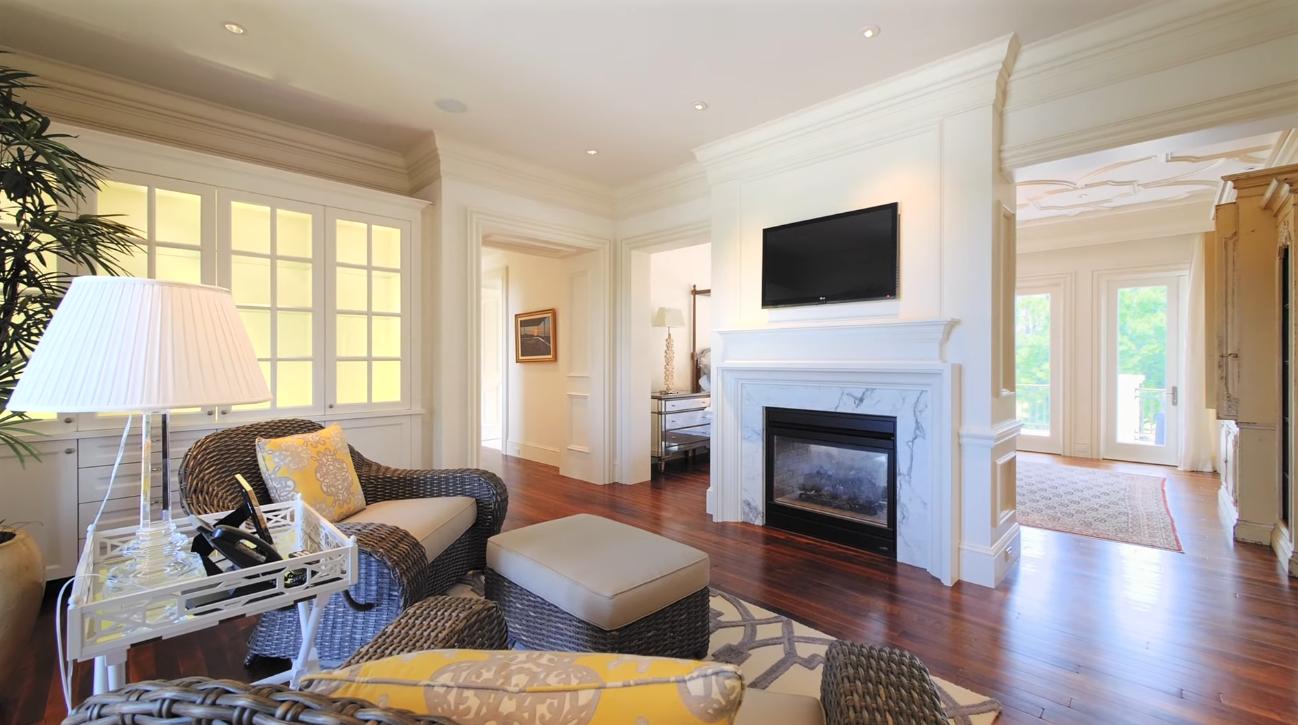 36 Photos vs. 12215 Tillinghast Cir, Palm Beach Gardens, FL 33418 - Luxury Home & Interior Design Tour