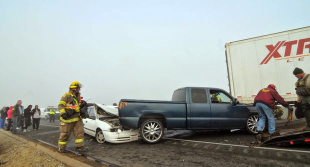 hanford highway 198 vehicle crashes 20 car accidents foggy weather