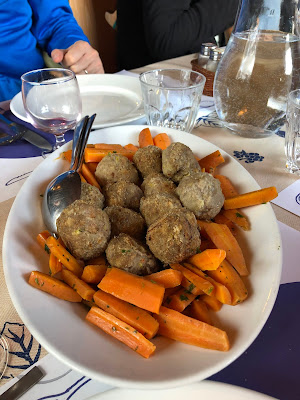 Meal at Rifutio Bonatti. Main course of meatballs and carrots.