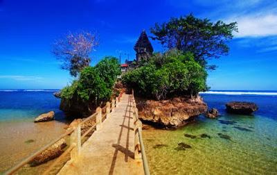 Pantai Balekambang, Tanah Lot Ala Malang, Jawa Timur, Tempat Wisata Indah, Tempat Wisata Yang Wajib Dikunjungi