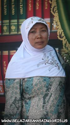 Pidato Bahasa Inggris Hari Ibu | www.belajarbahasainggris.us