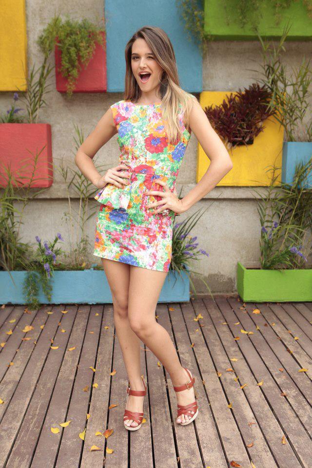 De shortinho curto no mercado brunette shorts small 207 - 3 part 2