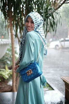 Alyssa Soebandono JH Marry Bag Blue
