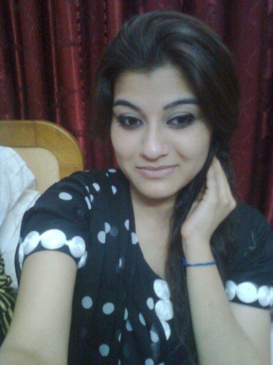 Girls 2012 Karachi Mobile Numbers