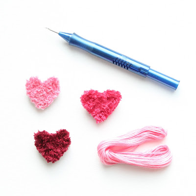 broche-coeur-brodée-punchneedle