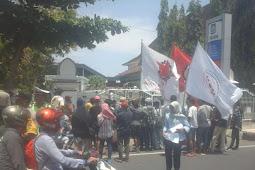 FPBI Mataram Demo ke DPR NTB, Ini Tuntutannya