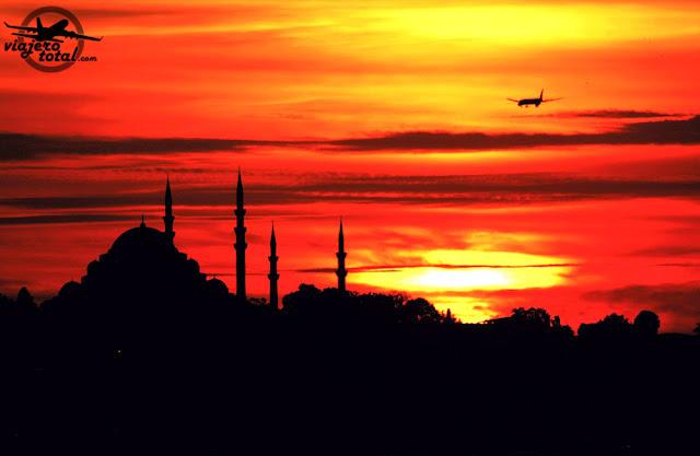 puesta de sol en Estambul, Turquía