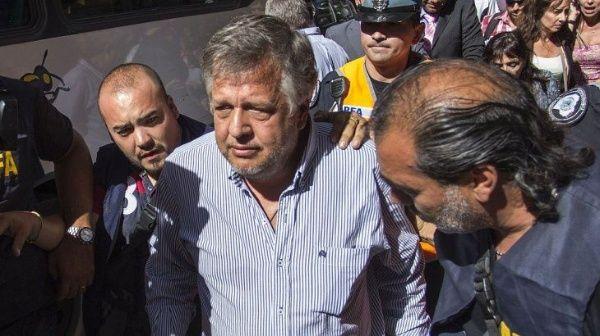 Investigan a fiscal argentino por soborno en caso cuadernos