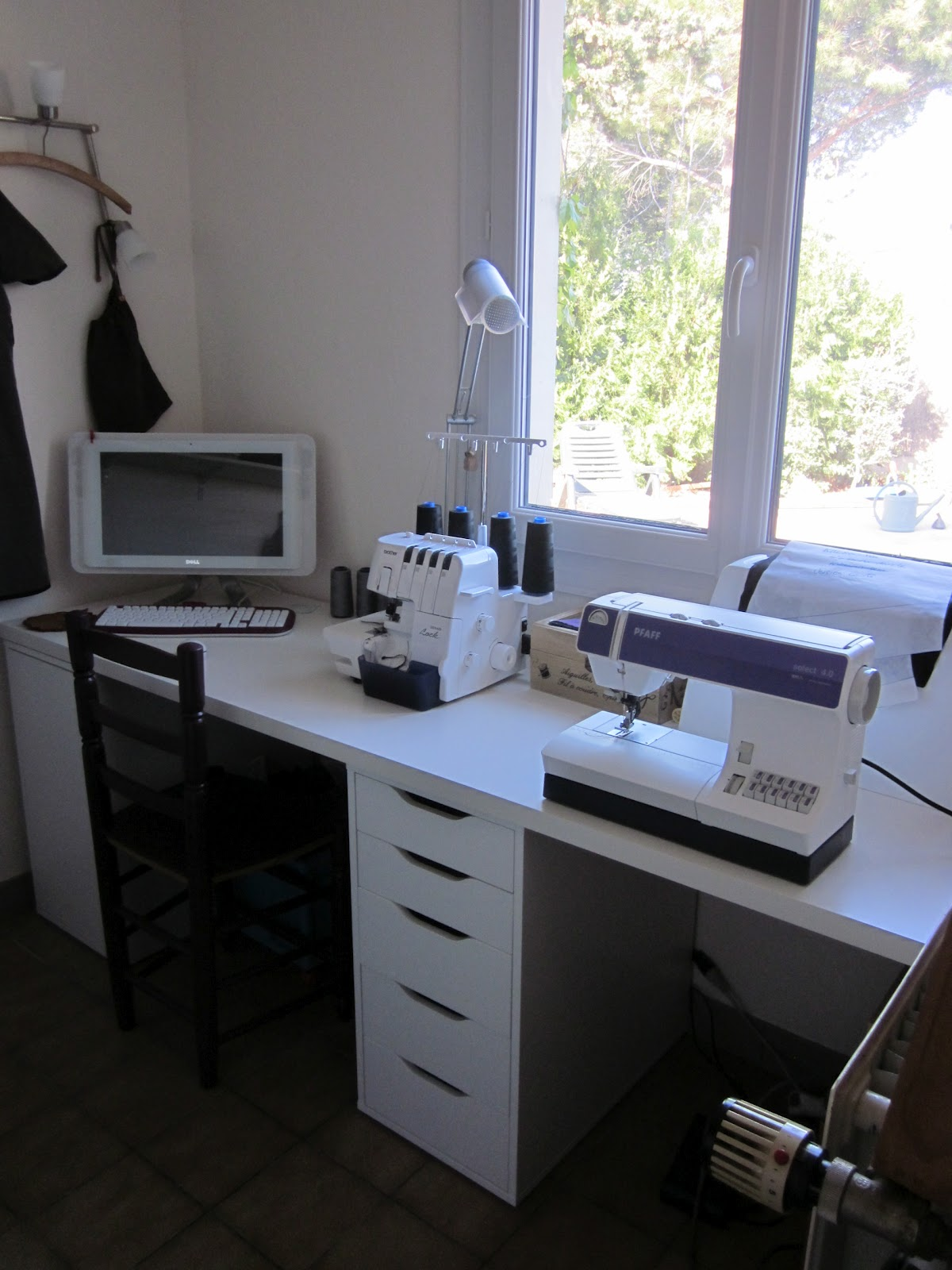 rue des coquelicots atelier couture. Black Bedroom Furniture Sets. Home Design Ideas