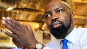Audu Maikori Collapses At Muson Center, Lagos