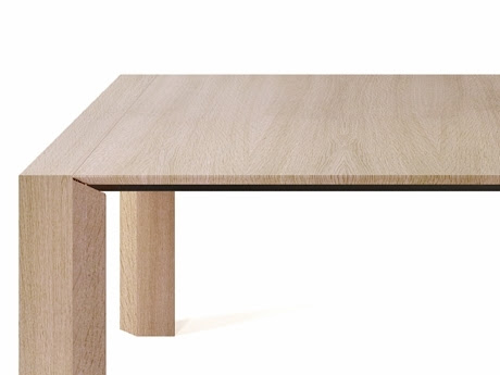 Ovaro Table