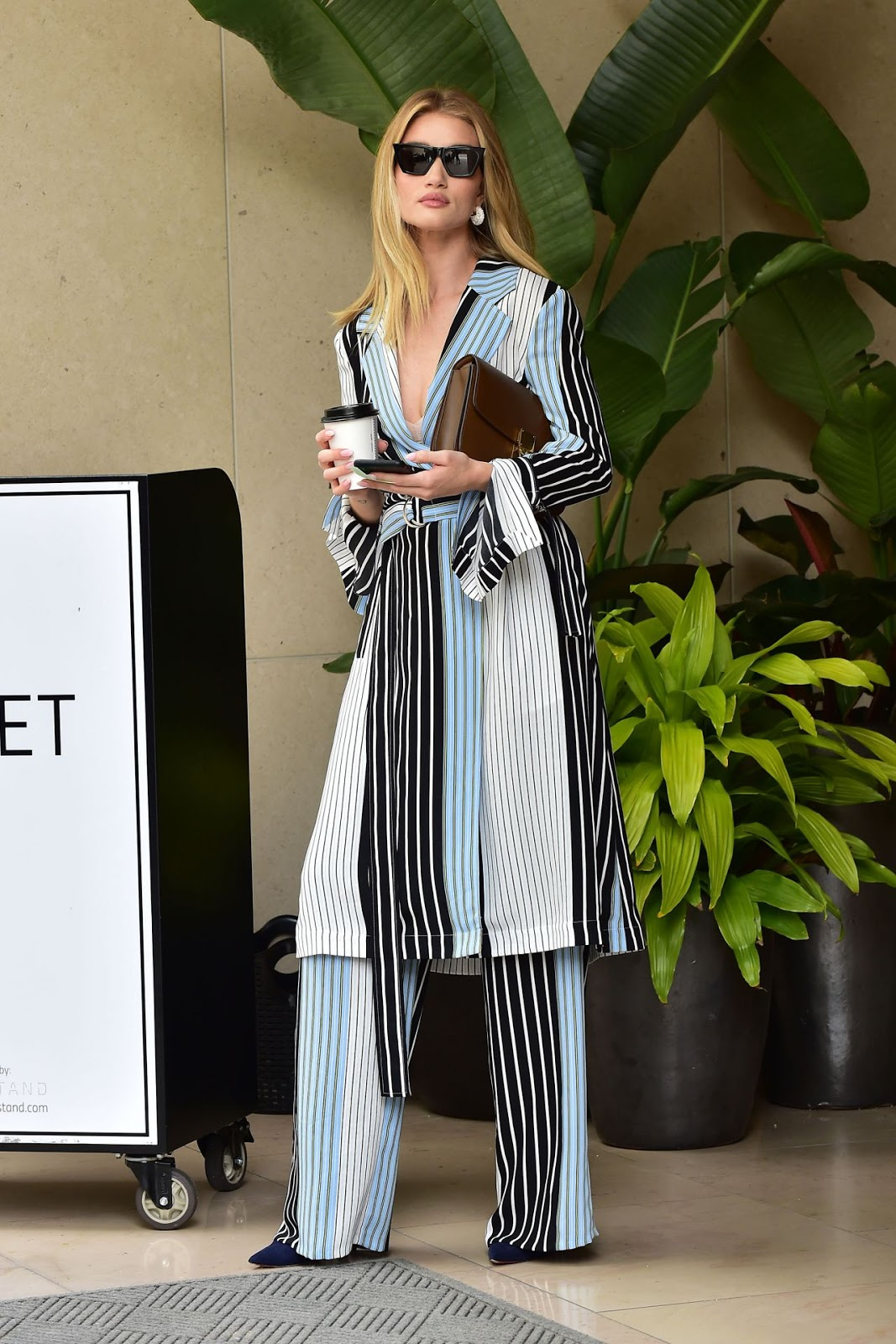 Rosie Huntington-Whiteley - out in Beverly Hills - 03/11/2019