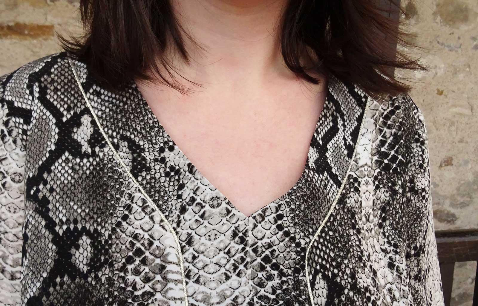 Look robe imprimé python grain de malice