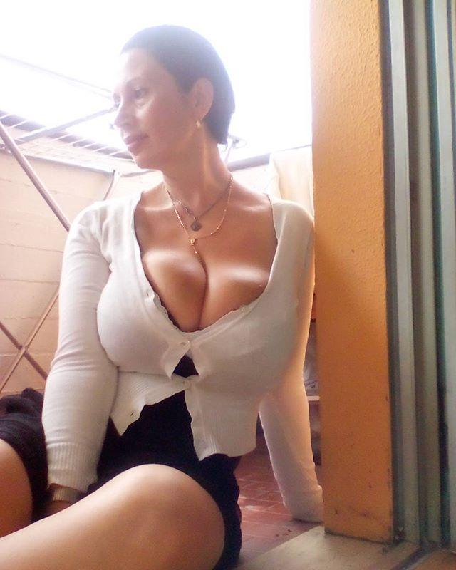 Italian Women With Big Tits