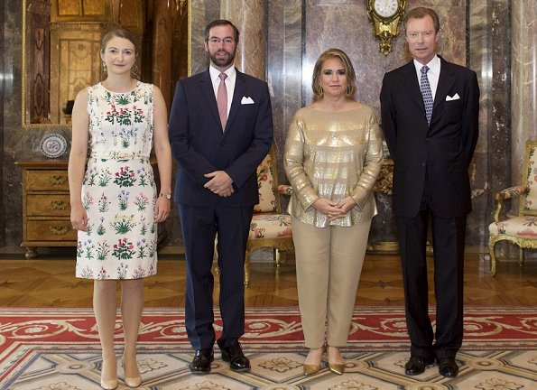 Grand Duchess Maria Teresa, Prince Guillaume and Princess Stéphanie attend the garden party Princess wore print summer sheaths dress