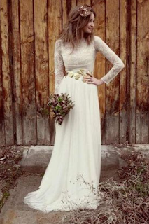 ceinture bijou robe de mariee blog mariage www.unjourmonprinceviendra26.com