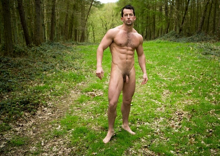 natural-nudes-men-love-to-suck-dick