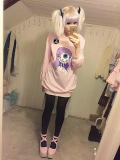Resultado de imagem para creepy cute clothes