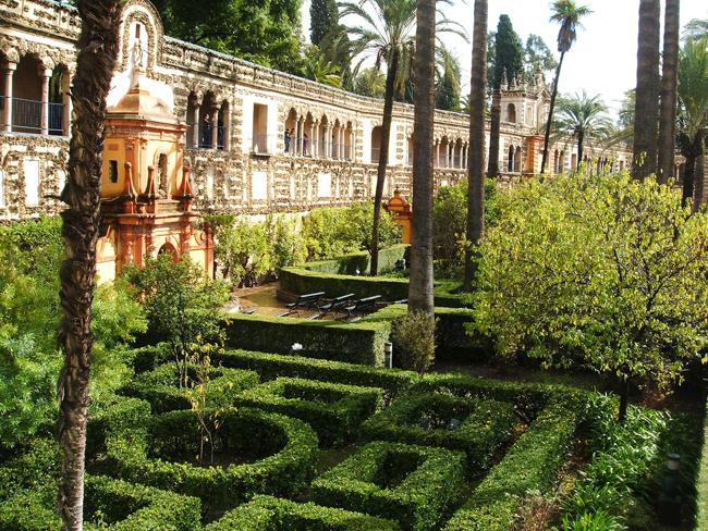 Jardines del alc zar de sevilla parte ii paisaje libre for Mobiliario de jardin en sevilla