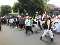 Demo 212 Dipersulit, 10RIBU Warga Ciamis Jalan Kaki 270 KM ke Jakarta! Ini Foto-Fotonya