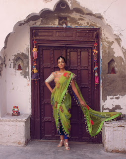 Actress Sheena Chohan sizzling pics 005.jpg