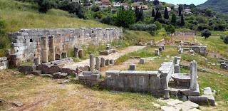 κρήνη της Αρσινόης στην Αρχαία Μεσσήνη