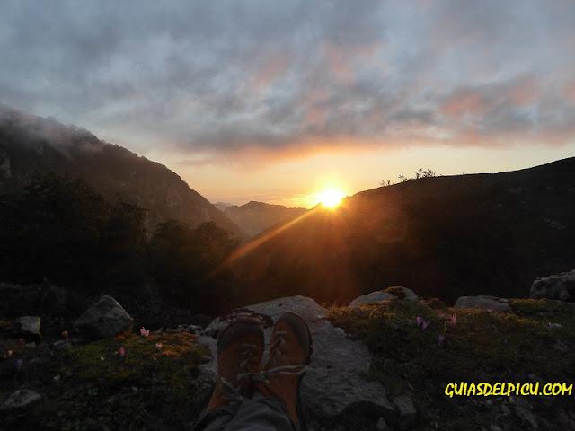 Fernando Calvo Guia de alta montaña uiagm guiasdelpicu.com ,  Zamberlan Hike GTX