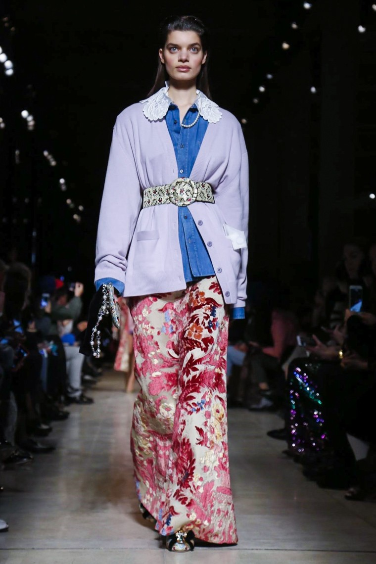 miu-miu-fall-winter-2016-2017-collection-paris-fashion-week, miu-miu-fall-winter-2016-2017, miu-miu-fall-winter-2016, miu-miu-fall-winter-2017, miu-miu-fall-winter, miu-miu-fall, miu-miu-fall-2016-2017, miu-miu-fall-2016, miu-miu-fall-2017, miu-miu-automne-hiver, miu-miu-automne-hiver-2016-2017, miu-miu-automne-hiver-2016, miu-miu-automne-hiver-2017, miu-miu-aw16, paris-fashion-week-2016, du-dessin-aux-podiums, dudessinauxpodiums