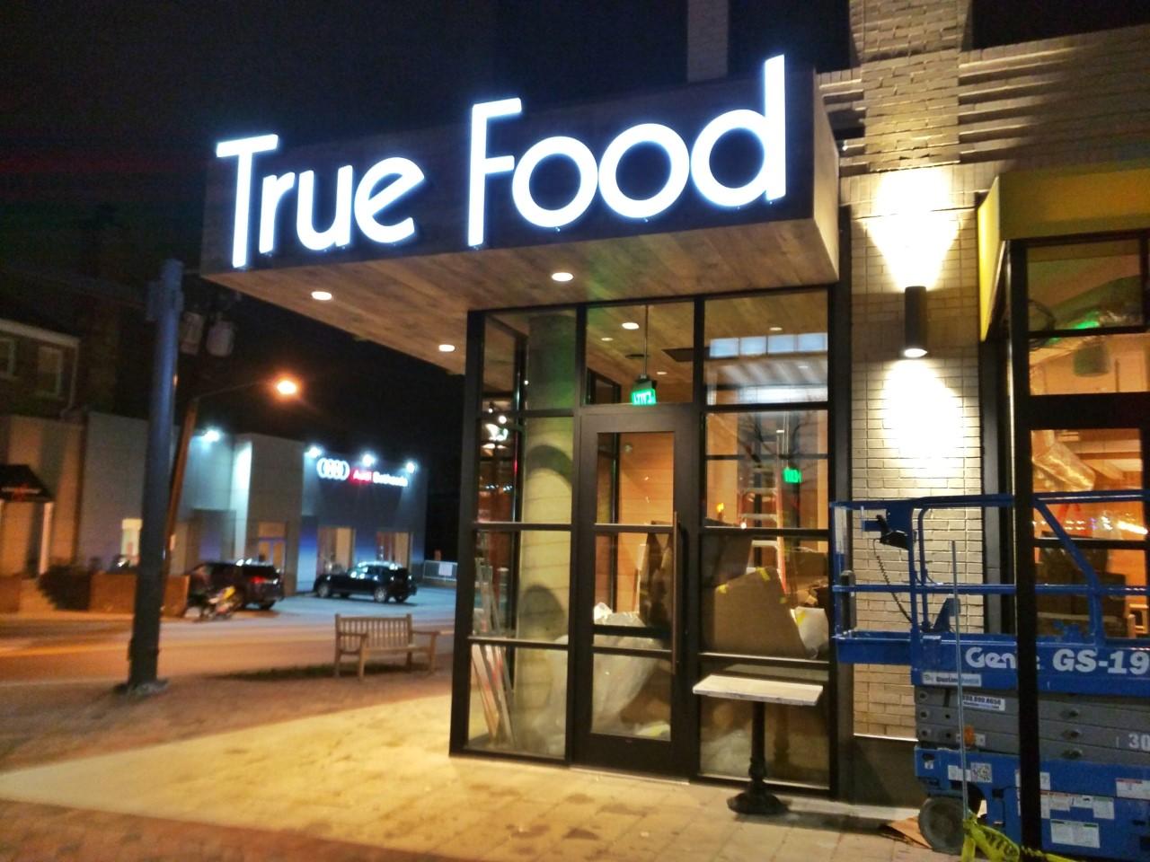 true food kitchen to host job fair in bethesda - True Food Kitchen Bethesda