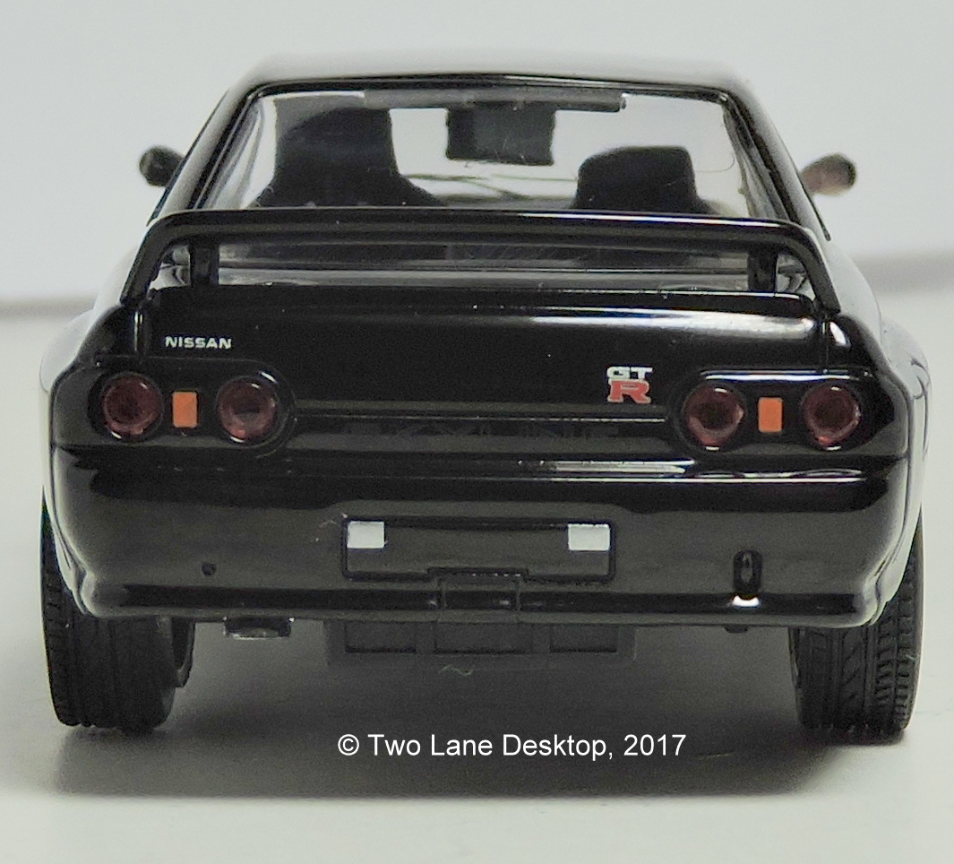 Two lane desktop greenlight 143 1989 nissan skyline gt r r32 the best of the buck and the entire range of greenlight 143s at the moment is this 1989 skyline gt r r32 from the fast and furious movie franchise vanachro Gallery