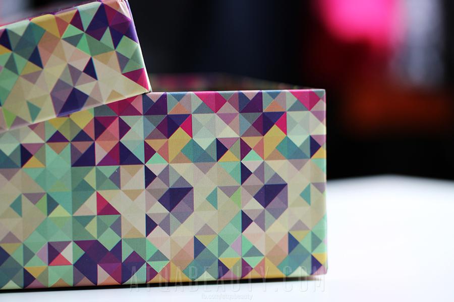 Kwietniowy ShinyBox