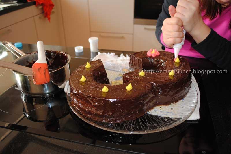Number Three 3 Shape Chocolate Cake Glaze