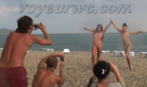 BeachHunters 20628-20763 (Beach spy cam is working and spying so many nude bodies of people)