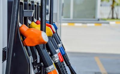 Εκτινάχθηκαν τιμές και... παραβάσεις στα καύσιμα