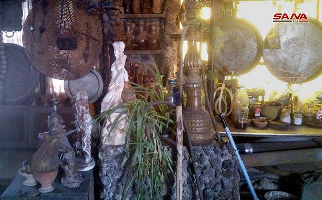 حمد العشعوشمواطن يحول منزله إلى متحف تراثي بالسويداء