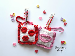 http://blackstonedesigns.blogspot.com/2018/01/valentine-kisses-treat-bags.html