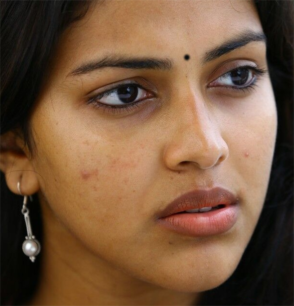 indian hot girl amala paul face closeup photos without