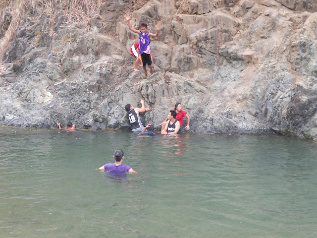 Canding river swimming