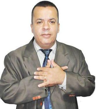 ADOLESCENTE SUSPEITO DE MATAR PASTOR SE ENTREGA À POLÍCIA A PEDIDO DA MÃE