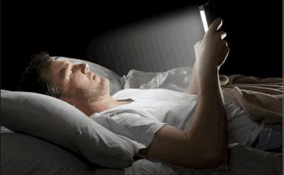 حماية نظرك من الاشعة الضارة المنبثقة من شاشة هاتفك