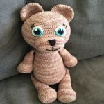 https://translate.googleusercontent.com/translate_c?depth=1&hl=es&prev=search&rurl=translate.google.es&sl=sv&sp=nmt4&u=https://annavirkpanna.com/2017/04/22/nallebjorn-teddybear/&usg=ALkJrhjxEgqkiCOqQB7QsRHri6yPuUgMgQ