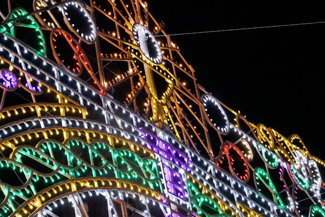 Cetara, le luminarie per la festa di San Pietro