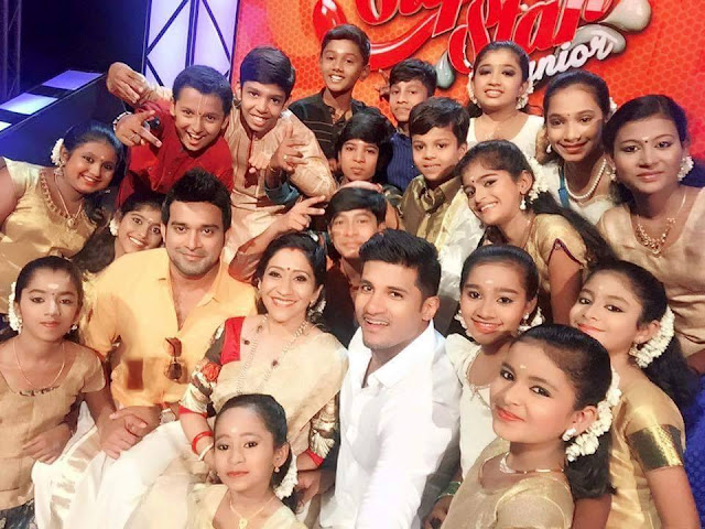 Judges and contestants of  Super Star Junior 2016 on Amrita TV