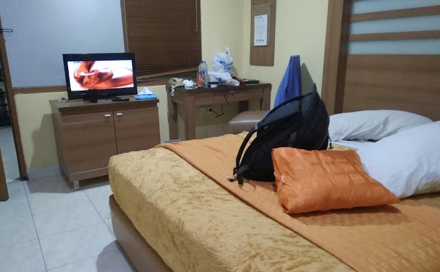 review hotel senen indah