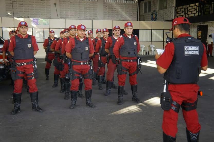 Resultado de imagem para Guardas municipais sobral