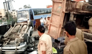 firozabad-road-accident-11-deaths-two-injured