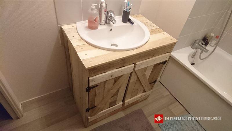 Armarios for Confeccionamos muebles de bano en palet