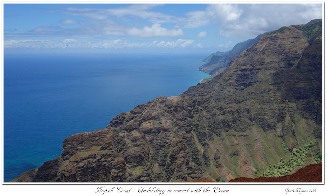 Nāpali Coast: Undulating in concert with the Ocean