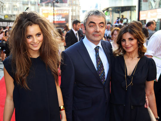 mr. bean has a daughter and shes stunningly beautiful