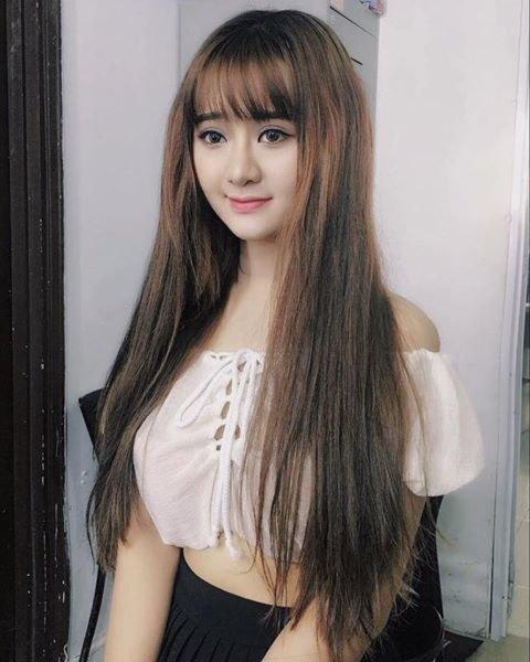 Hot girl Quỳnh Lê Mặt xinh khả ái xinh đẹp 3